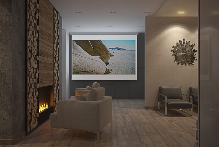 гостиная с камином и большой дровницей в современном стиле 04