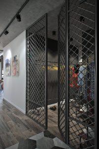 Кованые двери в гардероб в стиле лофт View04