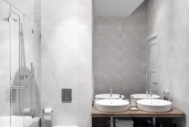 ванная с двумя раковинами в современном стиле