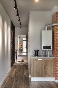 Газовая колонка в кухне-гостиной