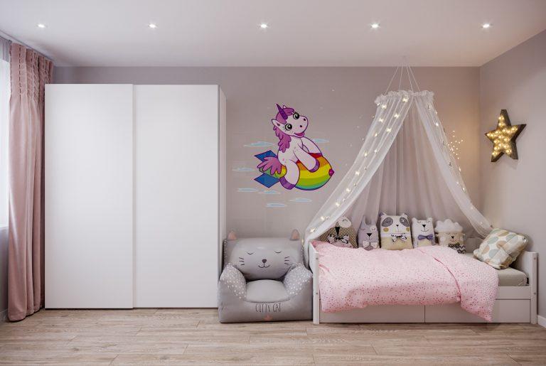 кроватка девочки в детской